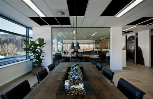 Modern contemporary meeting room table of stylish for Advertising agency interior design ideas