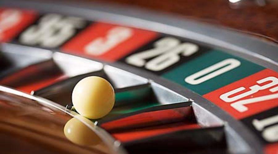 Illinois Casinos vs. Casino boats in Indiana