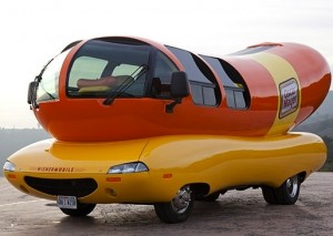 wienermobile-mountain-hed-2014_1