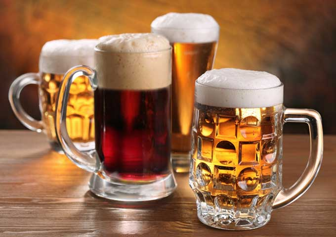 choosing-the-best-beer-mugs-for-your-home-bar