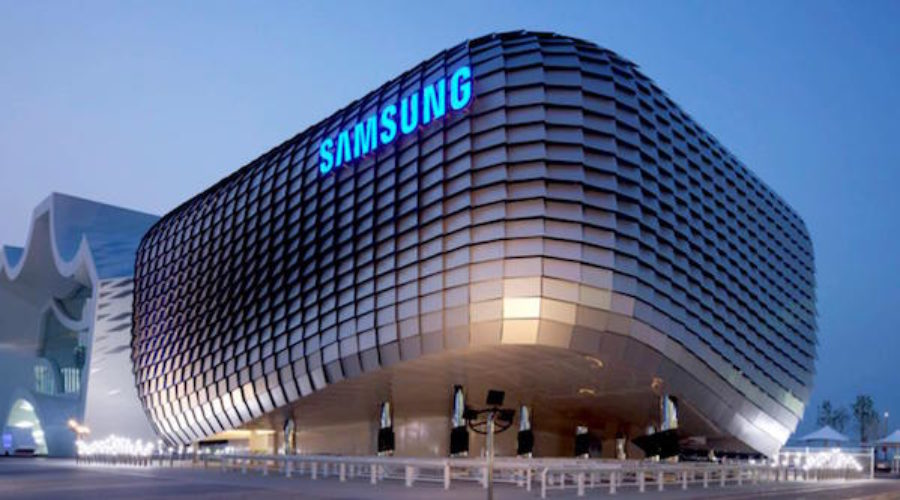 Samsung in Digital & Media Review: Call Headquarters!